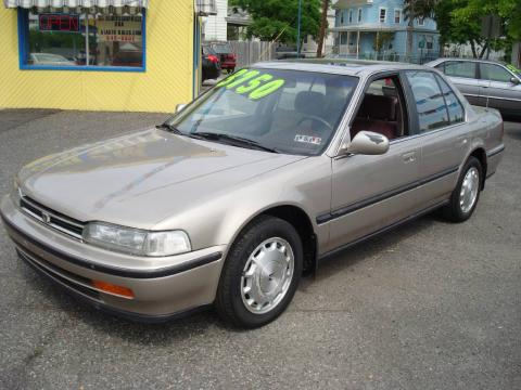 1992 honda accord. Metallic 1992 Honda Accord