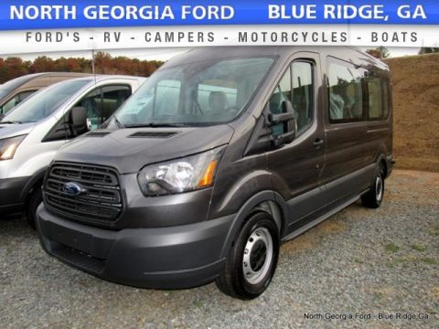 Magnetic Ford Transit Wagon XL 350 MR Long.  Click to enlarge.