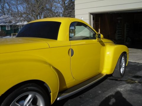 Slingshot Yellow Chevrolet SSR .  Click to enlarge.