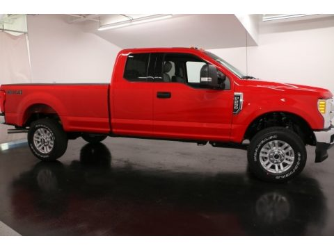 Race Red Ford F250 Super Duty XLT SuperCab 4x4.  Click to enlarge.