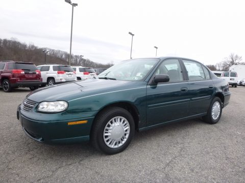 Dark Jade Green Metallic Chevrolet Malibu Sedan.  Click to enlarge.