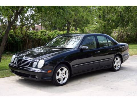 Black Mercedes-Benz E 320 Sedan.  Click to enlarge.