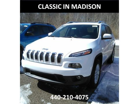 Bright White Jeep Cherokee Latitude 4x4.  Click to enlarge.