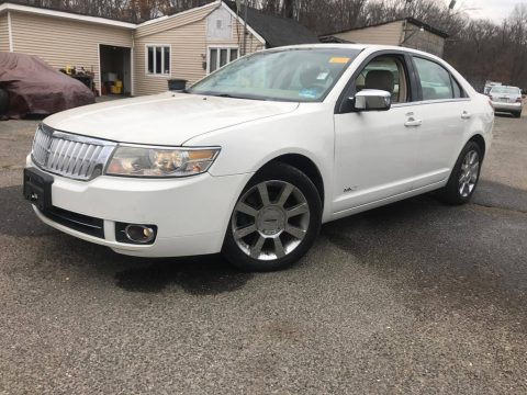 White Suede Lincoln MKZ AWD Sedan.  Click to enlarge.
