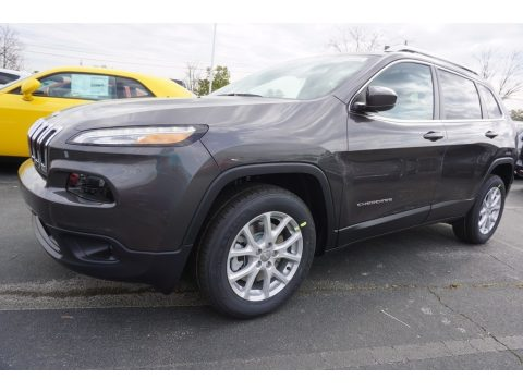 Granite Crystal Metallic Jeep Cherokee Latitude.  Click to enlarge.