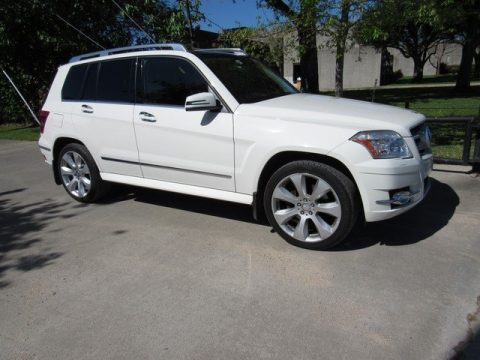 Arctic White Mercedes-Benz GLK 350.  Click to enlarge.