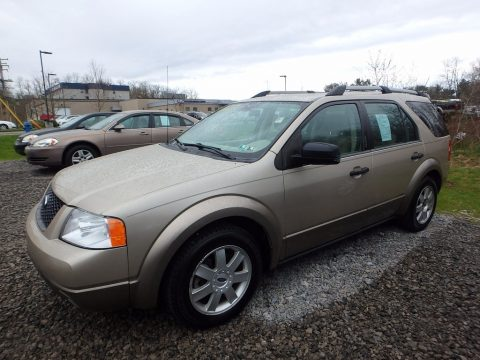 Pueblo Gold Metallic Ford Freestyle SE AWD.  Click to enlarge.