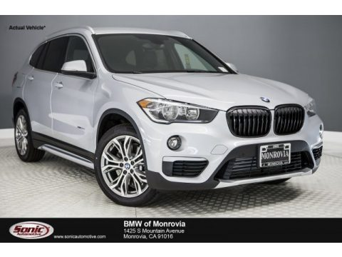 Glacier Silver Metallic BMW X1 xDrive28i.  Click to enlarge.