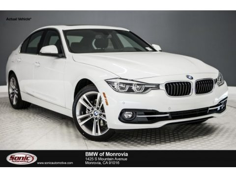 Mineral White Metallic BMW 3 Series 330i Sedan.  Click to enlarge.