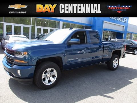 Deep Ocean Blue Metallic Chevrolet Silverado 1500 LT Double Cab 4x4.  Click to enlarge.