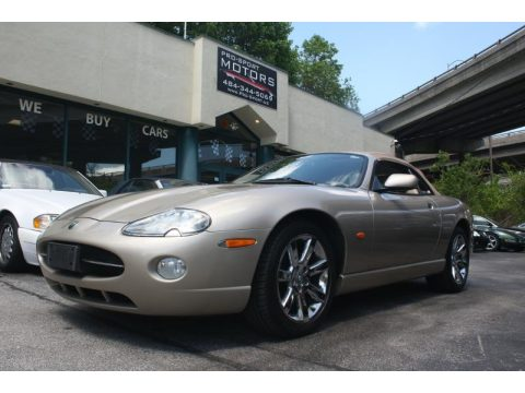 Jaguar XK XK8 Convertible