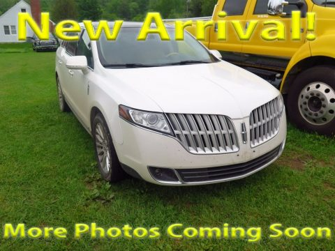 White Platinum Metallic Tri-Coat Lincoln MKT EcoBoost AWD.  Click to enlarge.