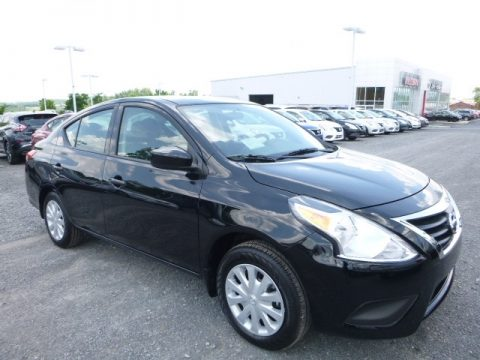 Super Black Nissan Versa S.  Click to enlarge.