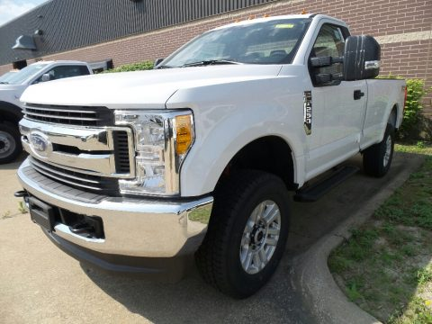 Oxford White Ford F250 Super Duty XLT Regular Cab 4x4.  Click to enlarge.