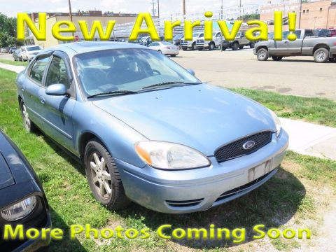 Tungsten Grey Metallic Ford Taurus SEL.  Click to enlarge.