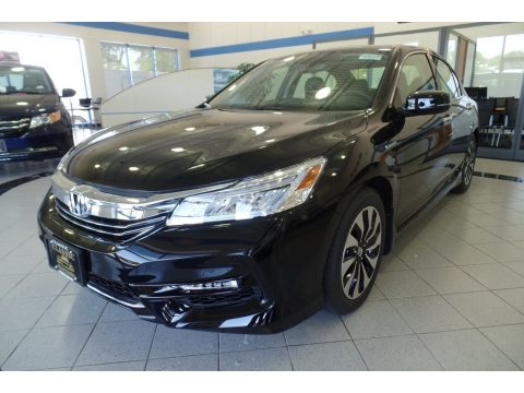 Crystal Black Pearl Honda Accord Hybrid Touring Sedan.  Click to enlarge.