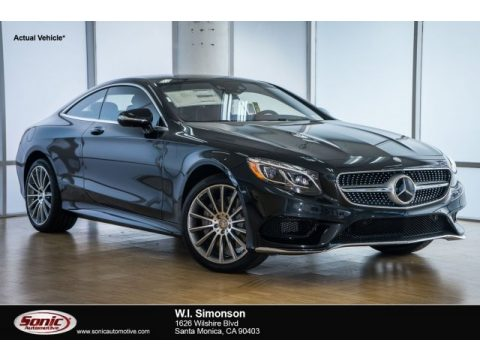 Black Mercedes-Benz S 550 4Matic Coupe.  Click to enlarge.