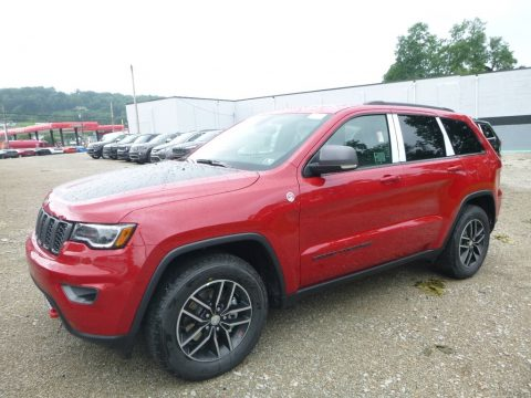 Redline 2 Coat Pearl Jeep Grand Cherokee Trailhawk 4x4.  Click to enlarge.