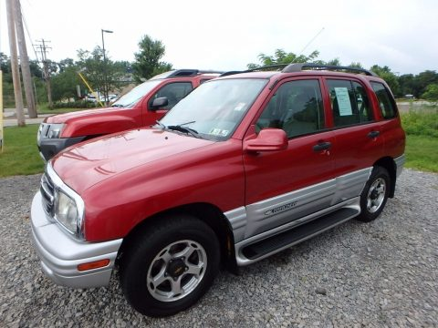 Sunset Red Metallic Chevrolet Tracker LT Hardtop 4WD.  Click to enlarge.
