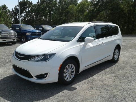 Chrysler Pacifica Touring L