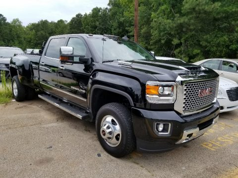 GMC Sierra 3500HD Denali Crew Cab 4x4 Dual Rear Wheel