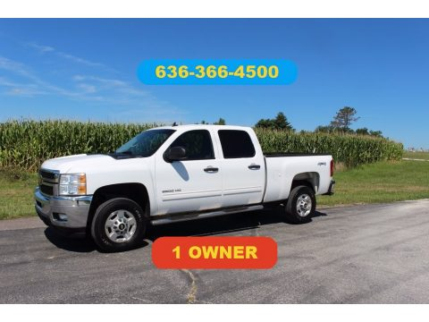 Summit White Chevrolet Silverado 2500HD LT Crew Cab 4x4.  Click to enlarge.