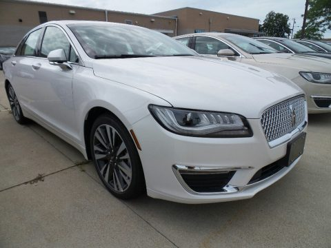White Platinum Lincoln MKZ Reserve.  Click to enlarge.