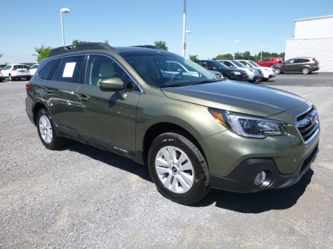 Wilderness Green Metallic Subaru Outback 2.5i Premium.  Click to enlarge.