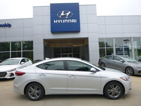 Symphony Silver Hyundai Elantra SEL.  Click to enlarge.