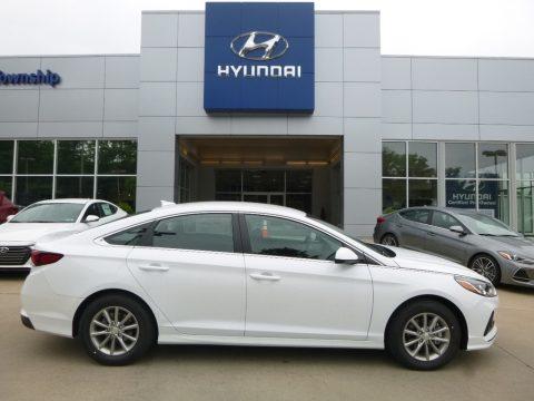 Quartz White Pearl Hyundai Sonata SE.  Click to enlarge.