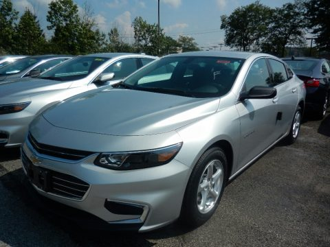 Silver Ice Metallic Chevrolet Malibu LS.  Click to enlarge.
