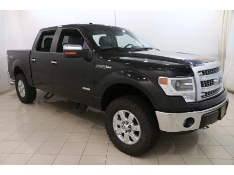 Tuxedo Black Ford F150 XLT SuperCrew 4x4.  Click to enlarge.
