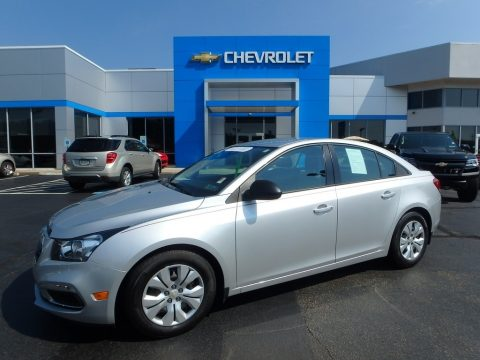 Silver Ice Metallic Chevrolet Cruze Limited LS.  Click to enlarge.