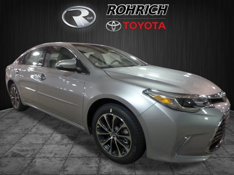 Celestial Silver Metallic Toyota Avalon XLE.  Click to enlarge.