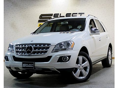 Arctic White Mercedes-Benz ML 350 4Matic.  Click to enlarge.
