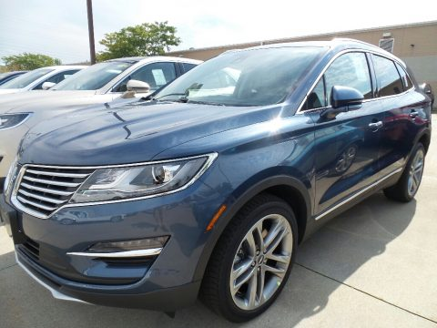 Blue Diamond Metallic Lincoln MKC Reserve AWD.  Click to enlarge.