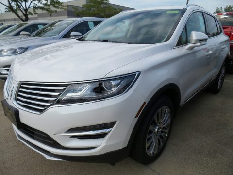 White Platinum Lincoln MKC Reserve AWD.  Click to enlarge.