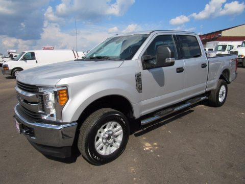Ingot Silver Ford F250 Super Duty XLT Crew Cab 4x4.  Click to enlarge.
