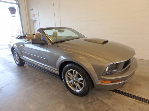 Mineral Grey Metallic Ford Mustang V6 Premium Convertible.  Click to enlarge.