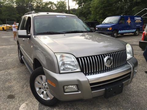 Silver Birch Metallic Mercury Mountaineer AWD.  Click to enlarge.