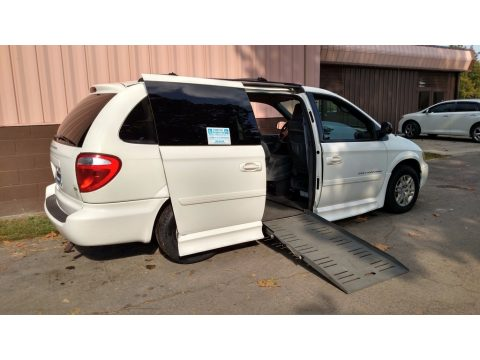 Stone White Dodge Grand Caravan SE.  Click to enlarge.