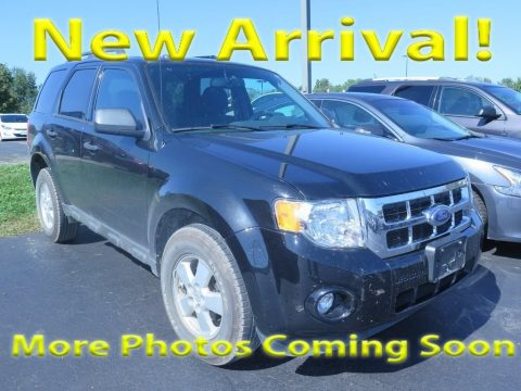 Tuxedo Black Metallic Ford Escape XLT 4WD.  Click to enlarge.