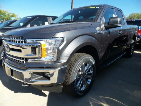 Magnetic Ford F150 XLT SuperCab 4x4.  Click to enlarge.