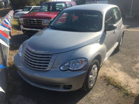 Bright Silver Metallic Chrysler PT Cruiser LX.  Click to enlarge.
