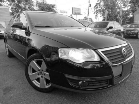 Deep Black Volkswagen Passat Komfort Sedan.  Click to enlarge.