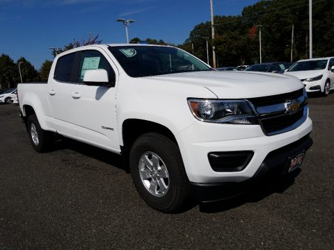 Summit White Chevrolet Colorado WT Crew Cab.  Click to enlarge.