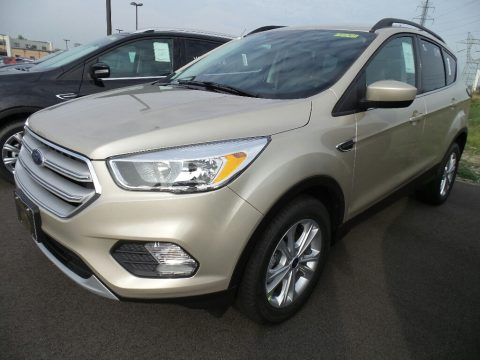 White Gold Ford Escape SE.  Click to enlarge.