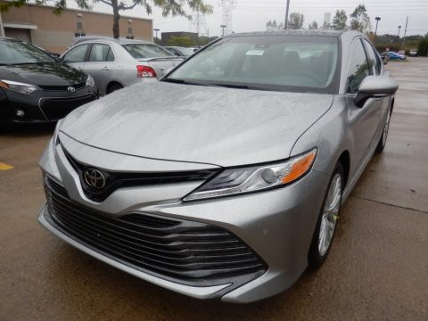 Celestial Silver Metallic Toyota Camry XLE.  Click to enlarge.