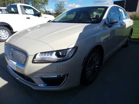Ivory Pearl Lincoln MKZ Select.  Click to enlarge.