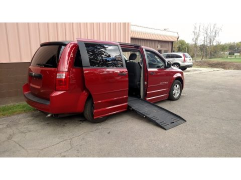 Inferno Red Crystal Pearl Dodge Grand Caravan SE.  Click to enlarge.